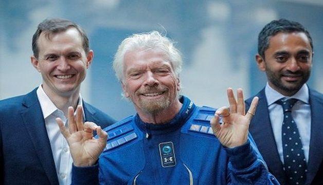 Virgin Galactic Richard Branson controls his own rocket in space