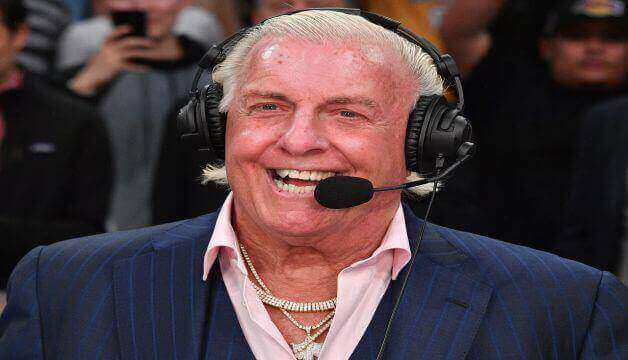 Ric Flair gives reply after X-rated photo sees trending WWE legend on Twitter